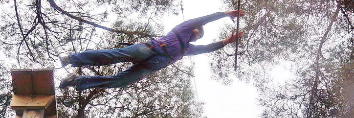 Trapeze jump - in mid-air